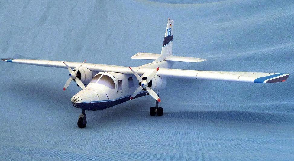 Papercraft imprimible y armable del avión Britten-Norman BN-2 Islander. Manualidades a Raudales.